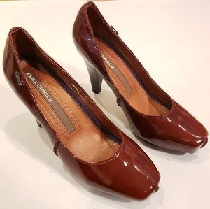 Full Circle Chestnut Patent Leather Pumps Heels